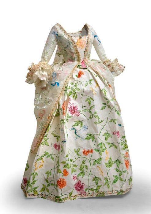 Фото платья 18 века 7