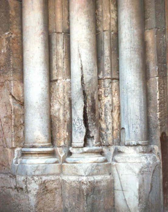 рассеченная колонна (553x700, 112Kb)