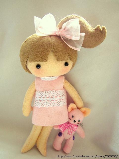 Как сшить  для куклы из фетра