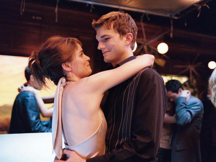 Сцена из фильма Больше, чем любовь / A Lot Like Love (2005) Больше