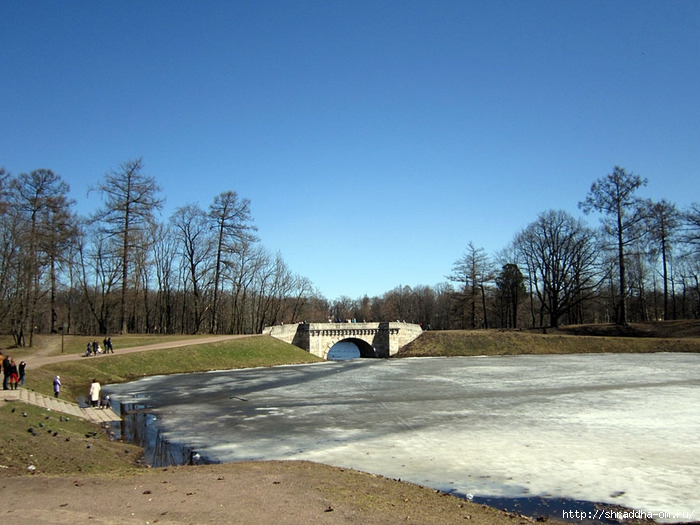 Парк при Большом Гатчинском Дворце (1) (700x525, 249Kb)