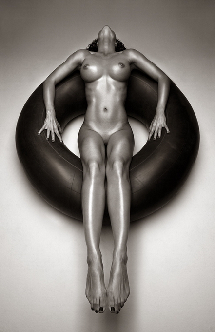 Andre Brito эротическое фото 3 (441x680, 183Kb)