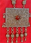 Превью antique_yemen_silver_bawsani_filigree_amulet_necklace_with_prayers_0467e2e8 (361x500, 96Kb)