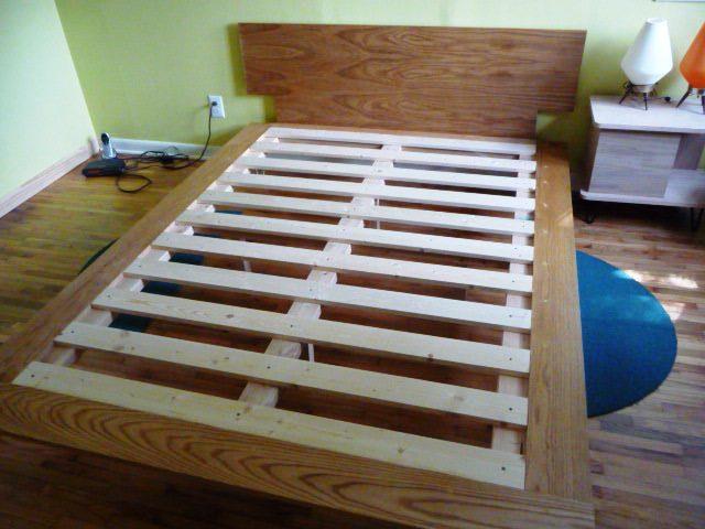 Необычные деревянные кровати