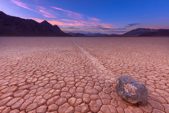 Движущиеся камни - природный феномен