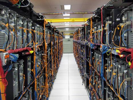 Датацентры – возможность размещения и аренды серверов.