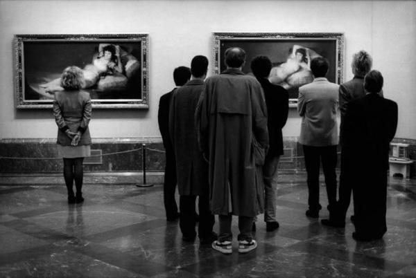прикольные черно-белые фото Эллиотт Эрвитт 5 (600x402, 73Kb)