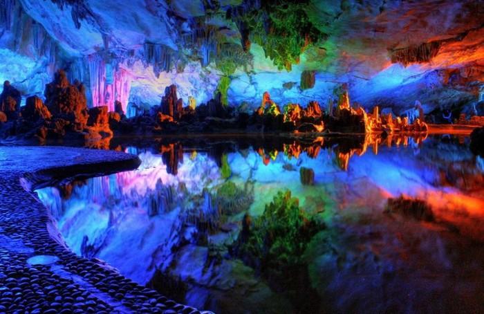 пещера Тростниковой Флейты китай фото (700x454, 105Kb)