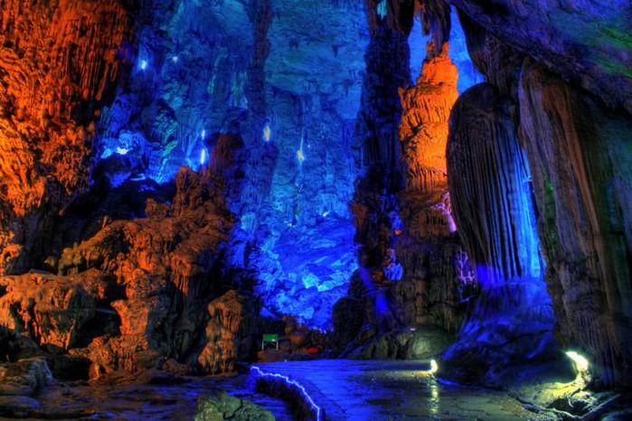 пещера Тростниковой Флейты китай фото 8 (700x466, 112Kb)