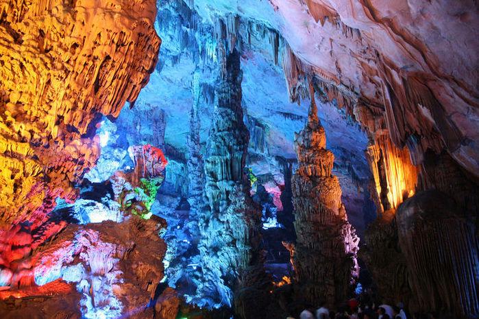 пещера Тростниковой Флейты китай фото 10 (700x466, 133Kb)