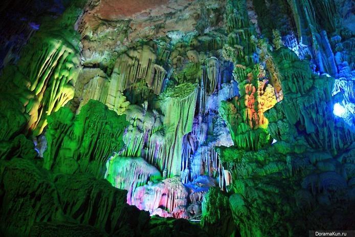 пещера Тростниковой Флейты китай фото 13 (694x463, 141Kb)