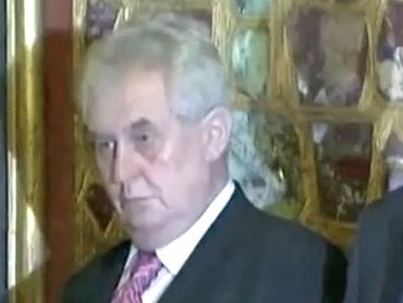 Пьяный президент Чехии (370x278, 63Kb)