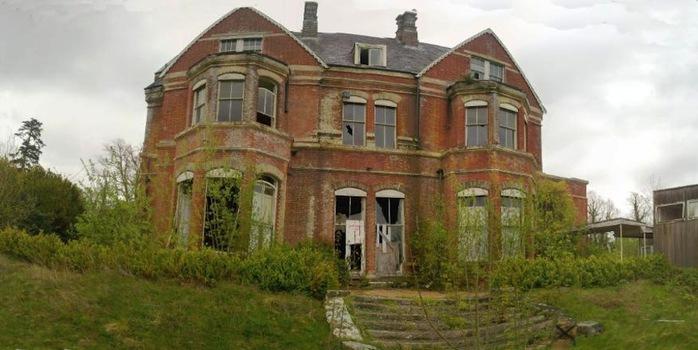 Лиллесденский особняк, Великобритания (700x350, 81Kb)