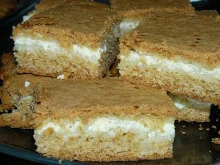Пирог с творогом. Приятного аппетита! (320x240, 33Kb)