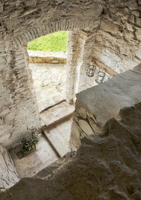 средневековый отель в италии фото 10 (494x700, 302Kb)