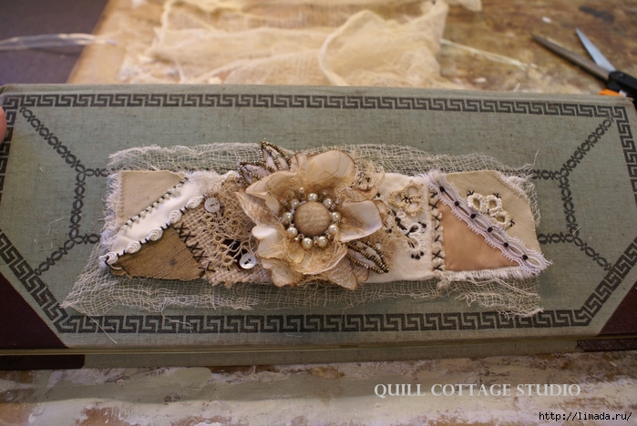 Crazy Quilt Cuff Tutorial (11) (2) (700x468, 280Kb)