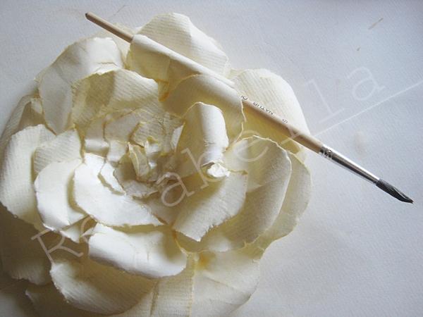 розы из бумаги (17) (600x450, 206Kb)