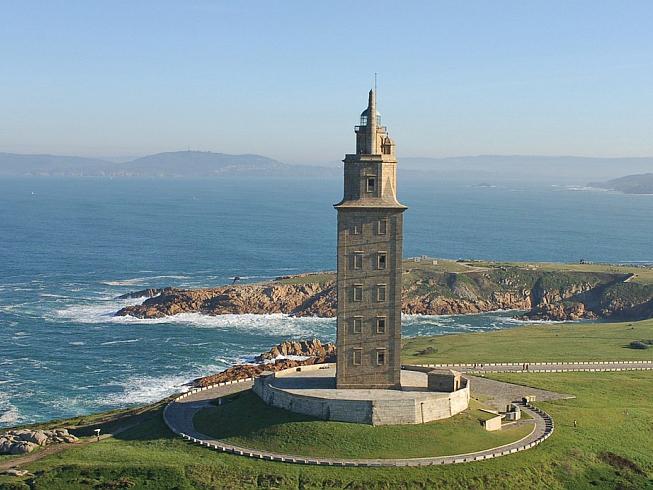 древний маяк башня геркулеса испания 5 (653x490, 262Kb)