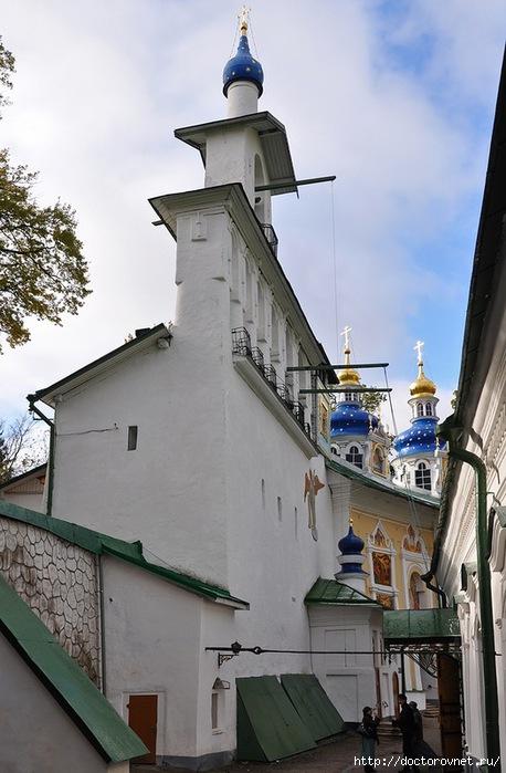 Псково-Печерский монастырь45 (458x700, 192Kb)