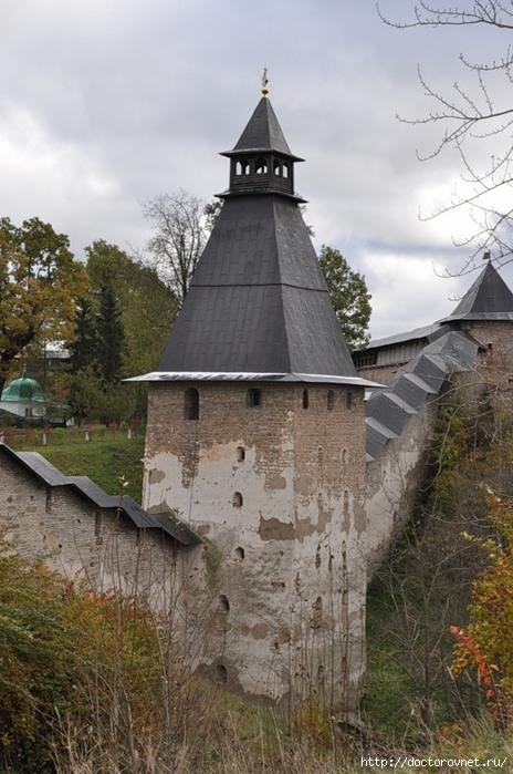 Псково-Печерский монастырь18 (464x700, 217Kb)