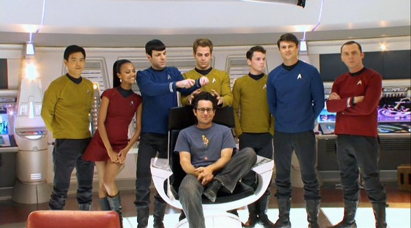 1487603_directorjjabramsstartrekproduction (600x333, 55Kb)