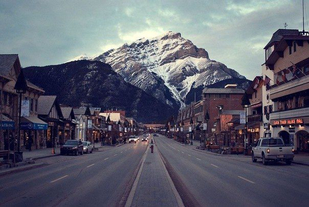 Улица в городе Банф, Альберта, Канада (604x404, 61Kb)