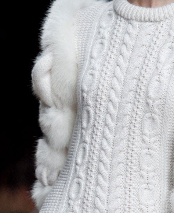 вязаный-пуловер-Burberry2 (570x700, 142Kb)