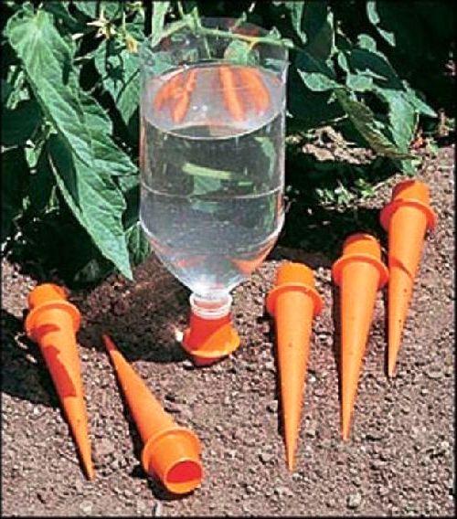 поделки-для-дачи-из-пластиковых-бутылок9 (500x568, 77Kb)