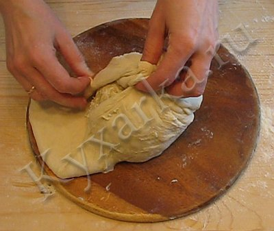 Кабускаджын (осетинский пирог с капустой и сыром) (4) (400x337, 27Kb)