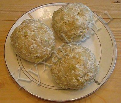 Кабускаджын (осетинский пирог с капустой и сыром) (6) (400x341, 29Kb)