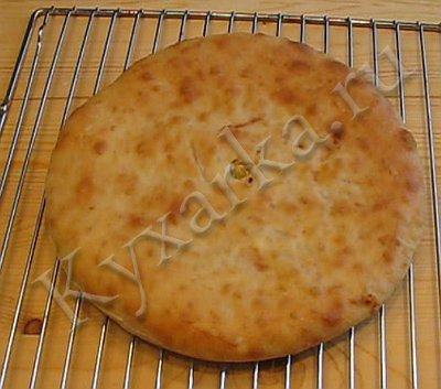 Кабускаджын (осетинский пирог с капустой и сыром) (8) (400x353, 32Kb)