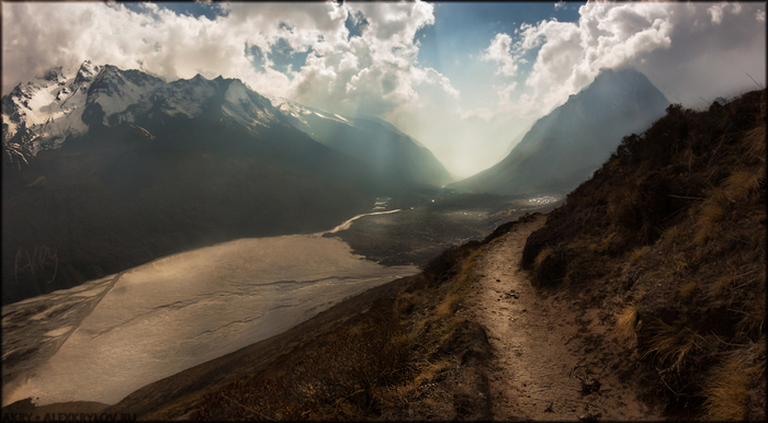 Nepal : Langtang : Cherko Ri/1369038274_900px_NPL13_20130504_153020_akry_05171rt2rtrt_v (700x386, 253Kb)