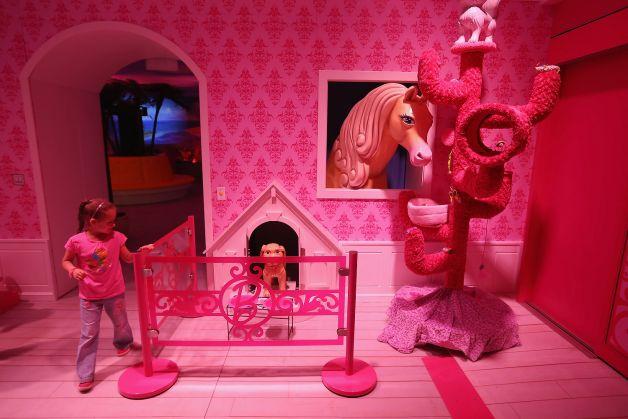 Barbie Dreamhouse Experience  дом барби в берлине 3 (628x419, 46Kb)