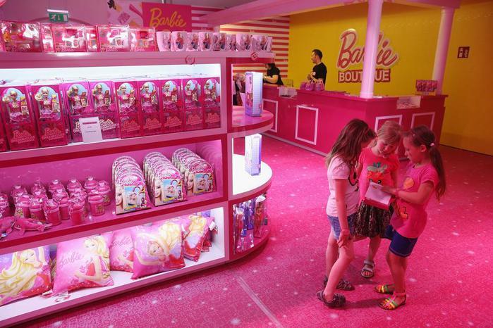 Barbie Dreamhouse Experience  дом барби в берлине 8 (700x466, 68Kb)