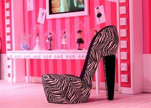 Barbie Dreamhouse Experience  дом барби в берлине 10 (512x366, 46Kb)