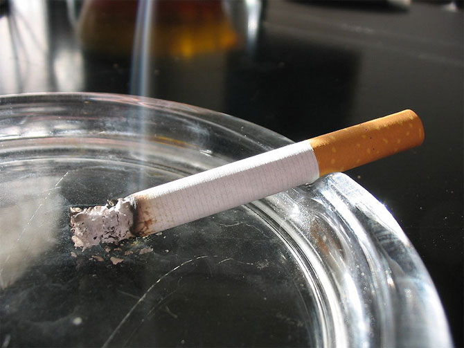 4208855_cigarette (670x503, 60Kb)