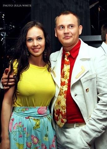 porno-video-v-kolgotkah-volosatie