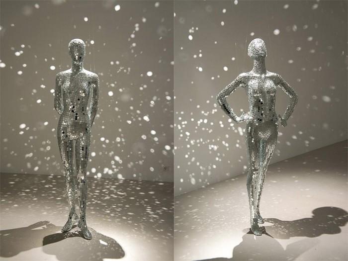зеркальные скульптуры Mobile Mirrors 4 (700x525, 76Kb)