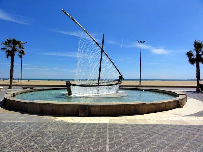 фонтан лодка в валенсии фото 2 (680x510, 61Kb)