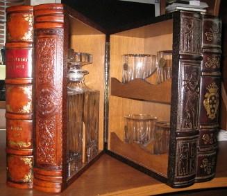 мини бар книги (327x283, 41Kb)