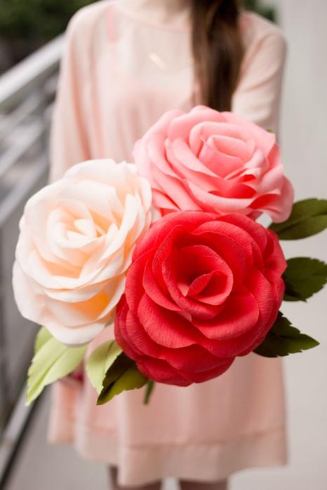 гигантские розы из гофробумаги (35) (466x700, 166Kb)