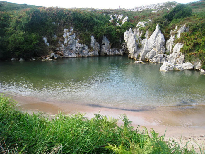Пляж Плайя-де-Гульпиюри Испания 3 (700x525, 171Kb)
