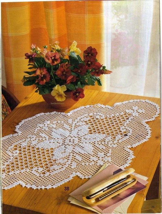 вязание крючком. салфетки скатерти подушки (17) (530x700, 178Kb)