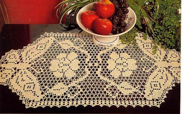 вязание крючком. салфетки скатерти подушки (45) (585x367, 111Kb)