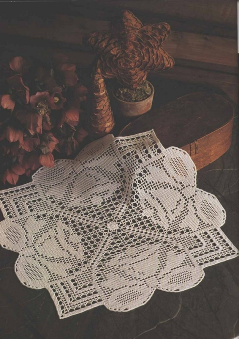 вязание крючком. салфетки скатерти подушки (74) (493x700, 250Kb)