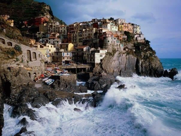 Вид на Манаролу, Италия (604x453, 53Kb)