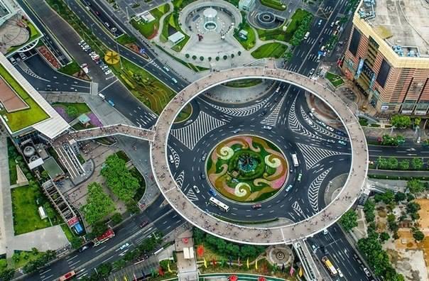 Дорожная развязка в Шанхае, Китай (604x396, 67Kb)