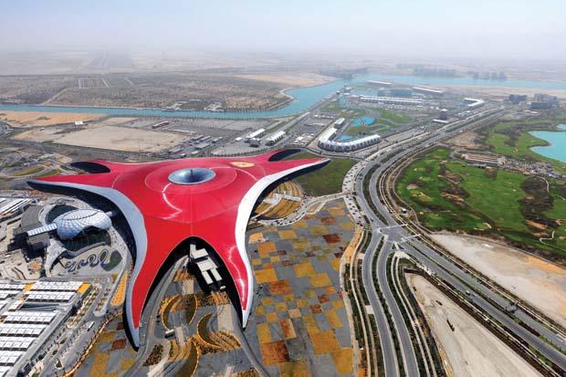 2_Ferrari_World_Abu_Dhabi_Aerial_View (620x413, 78Kb)