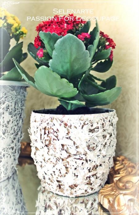 Декорирование цветочных горшков соломой и сухими листьями (17) (451x700, 259Kb)