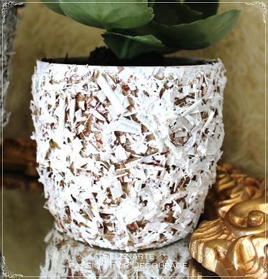 Декорирование цветочных горшков соломой и сухими листьями (20) (385x400, 79Kb)